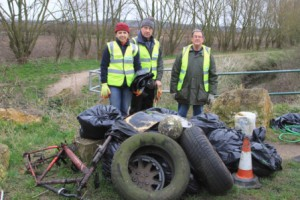 Litterpicking 19th March 2016